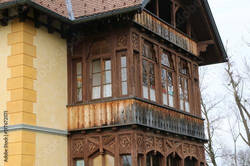 Wood Balcony At A Historic Building Verglaster Holz Balkon An Einem
