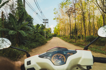 Thailand, motorbike trip through the jungle