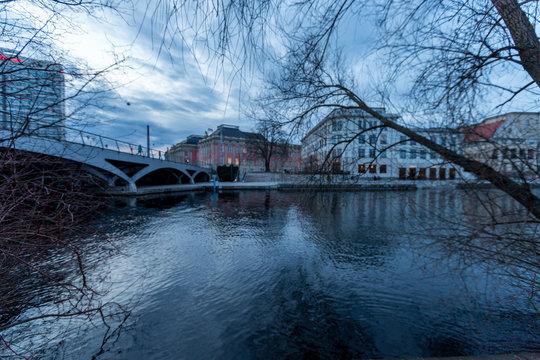 Die Havel in Potsdam an einem Winterabend