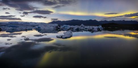 Islande, Jokulsarlon. Icebergs, Diamond Beach Island_004