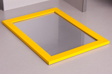 frame photo white and yellow