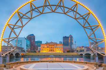 Fotomurales - Des Moines Iowa skyline in USA