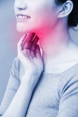 women with thyroid gland problem