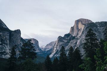 Mountain at sunset, Yosemite National Park, California, USA Fotoväggar
