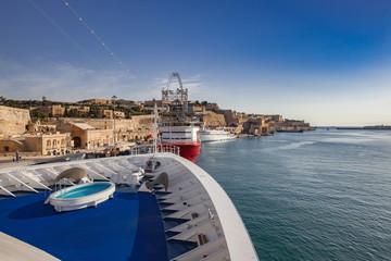 マルタ島入港