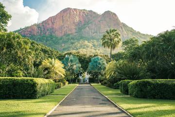 Foto op Plexiglas Pistache Townsville Castle Hill