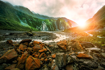 Tuinposter Nieuw Zeeland beautiful scenic of fox glacier west coast southland new zealand