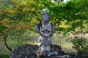 Senju Kannon in the Hirosawa Pond-3