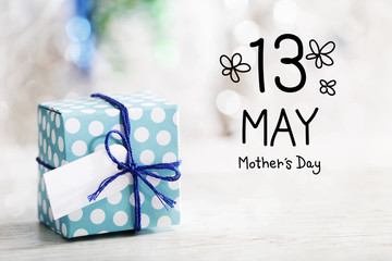 13 May Mothers Day message with small handmade gift box