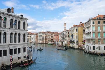 ベネチア、リアルト橋から見るカナル・グランデのイメージ