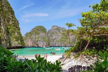 Tourists visiting Maya bay, Ko Phi Phi Lee, Krabi, Thailand