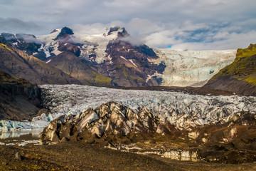 Scenic view of Skaftafellsjökull Glacier mountains and ice, Vatnajökull ice cap, Vatnajökull National Park, Iceland