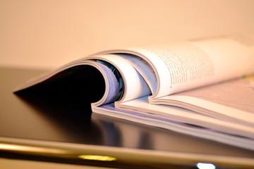 Magazine, Journale, Information, Zeitschriften, Kommunikation, Redaktion, Journalismus, Urheberrecht, Presse, Meinungsfreiheit, Kunst, Auflage, Medien, Unschärfe,
