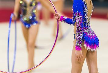 Foto auf Leinwand Gymnastik Rhythmic gymnastics competition - blurred