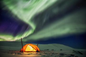 Zelt unter Nordlichtern