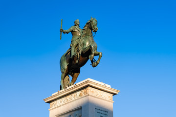 マドリード オリエンテ広場 フェリペ4世騎馬像