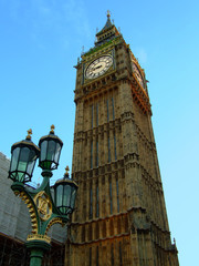 image of the big ben of London with particular