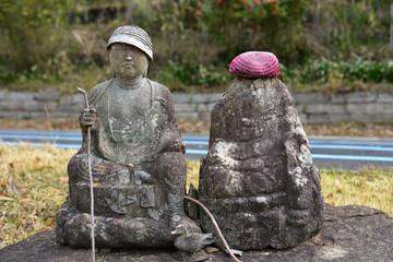 日本の山で見つけたお地蔵様