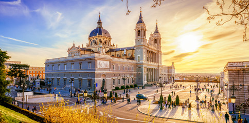 Photo sur Plexiglas Madrid The Cathedral of Madrid