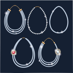Pearl beads necklaces set.