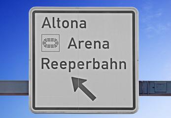 Wegweiser in Richtung Altona, Reeperbahn