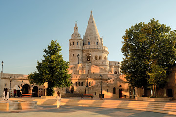 Papiers peints Budapest Fishermen's Bastion yard and tower, Budapest