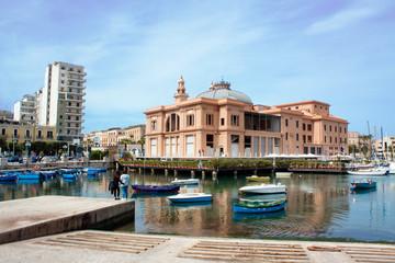 Bari, Teatro Margherita e porticciolo. - Italy