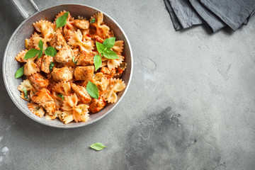 Farfalle pasta with chicken