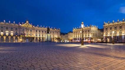 Place Stanislas Nancy Frankreich bei Nacht Fototapete