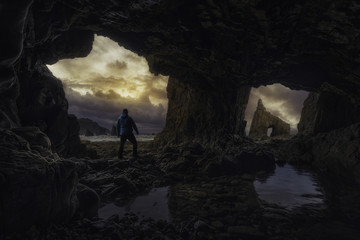 Cueva escondida