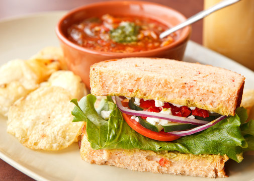 Veggie Sandwich and Soup with Chips