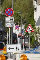 Verkehrsschild Absolutes Halteverbot