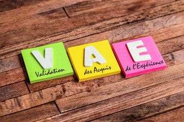 post-it acronyme : VAE