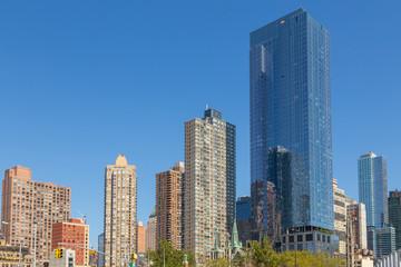 Street perspective New Yorker buildings.