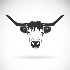 Vector of highland cattle cow head design on white background. Farm Animals. Easy editable layered vector illustration.