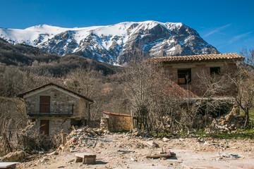 Pretare: piccolo borgo ai piedi del monte Vettore distrutto dal terremoto del centro Italia