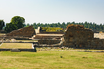 Fototapete - View of ancient ruins from the platform of Mahanavami Dibba in Hampi, Karnataka, India.