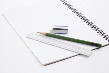 文房具(ノート、定規、鉛筆、消しゴム)-stathionery