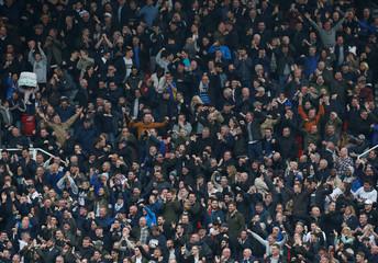 Premier League - Stoke City vs Tottenham Hotspur