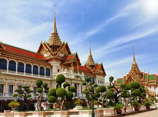 Grand palace, Wat Phra Kaew with blue sky, bangkok, Thailand. Papier Peint