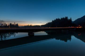 Brücke über den Lech am Morgen in Füssen