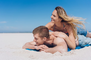 Happy young couple enjoying a summer vacation