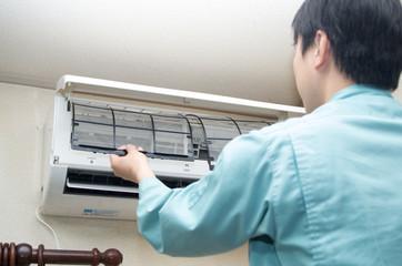 エアコン 修理 点検
