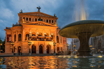 Fotobehang Theater Alte Oper in Frankfurt am Main