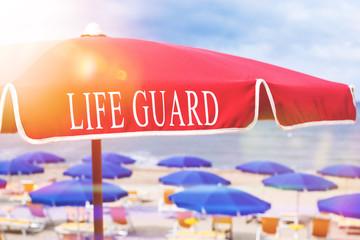 Life Guard Sonnenschirm am Strand