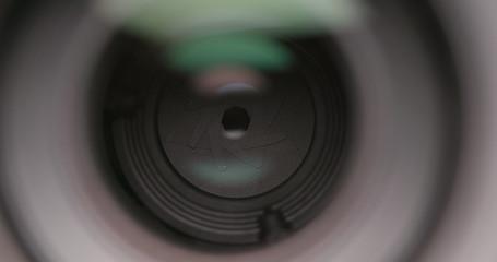 Camera lens operating aperture