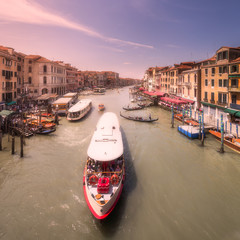 Venecia Grand canal with boats and gondolas, Italy