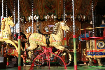 Merry-Go-Round Carousel Course Horse 5