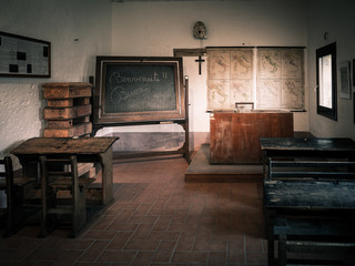 Italian public school between the first and second world war.