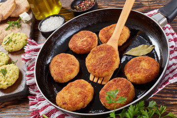crispy rice cutlets of leftover rice